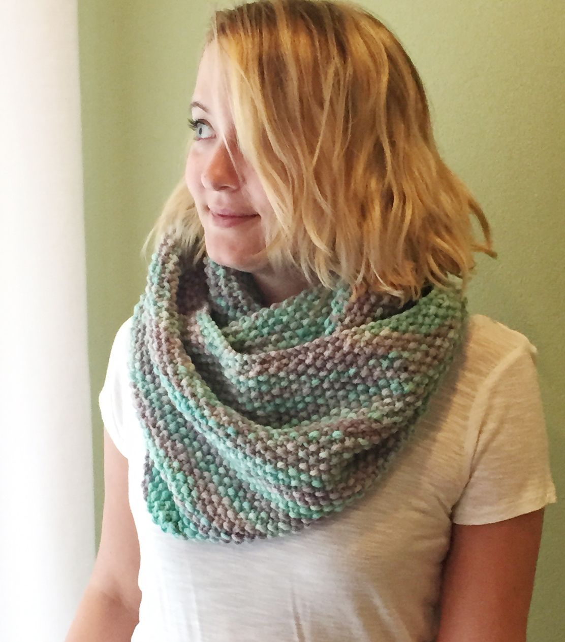free seed stitch infinity scarf pattern; almost identical to \