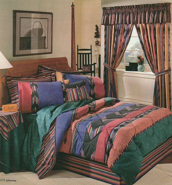 19 Graphically Advanced Bedspreads Of The '80s And '90s ...