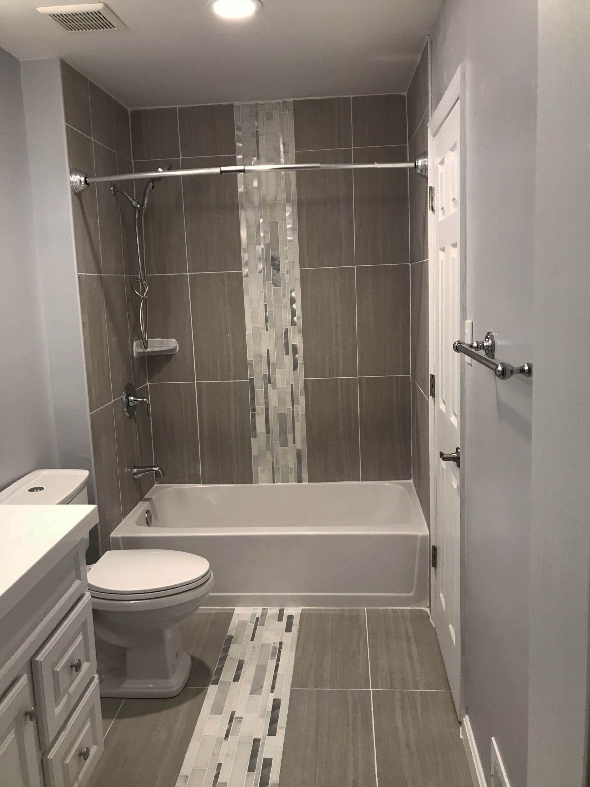 1 Lowes Bathroom Remodel That Had Gone Way Too Far Lowes Bathroom Remodel Bathrooms Remodel Bathroom Design Master Bathroom Design