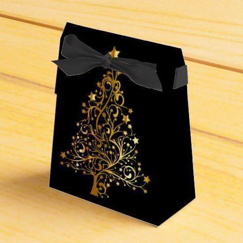 Ribbon On Christmas Tree Ideas #blackchristmastreeideas BLACK&GOLD CHRISTMAS IDEAS Elegant Chic Black Gold Christmas Tree Favor Box #ribbononchristmastreeideas