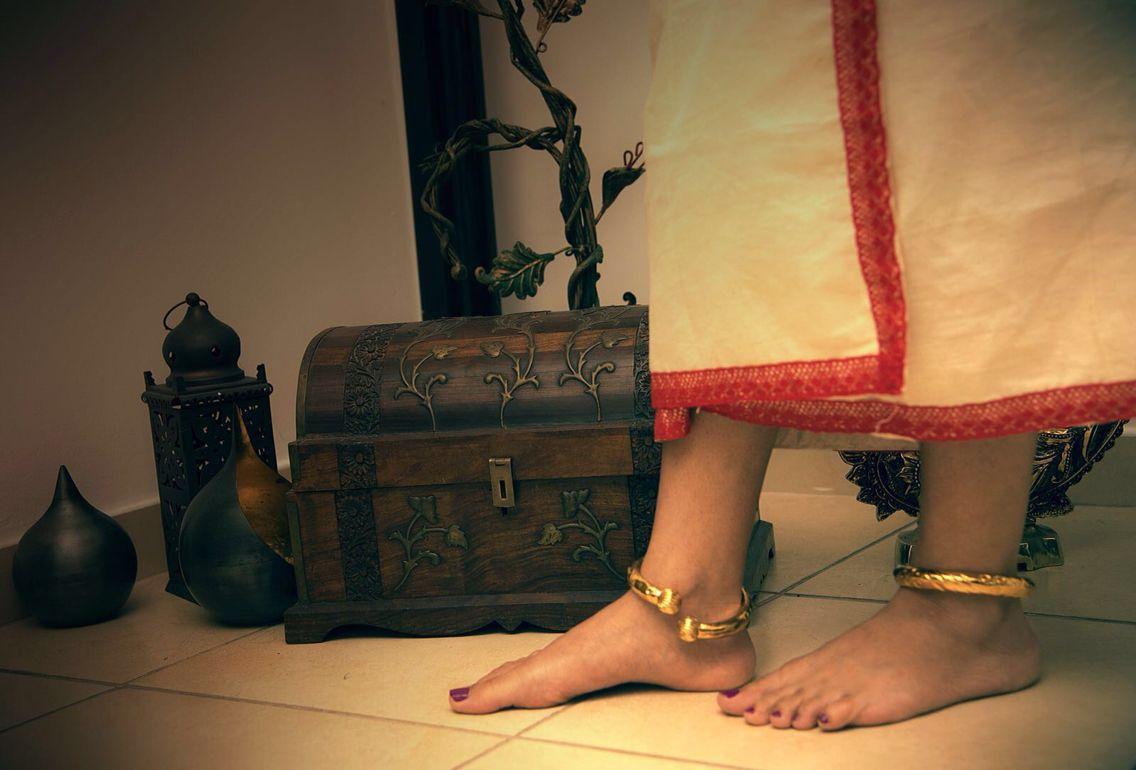 Kerala Women   കൊലുസ്സ്   Anklets, Women anklets, Foot jewelry