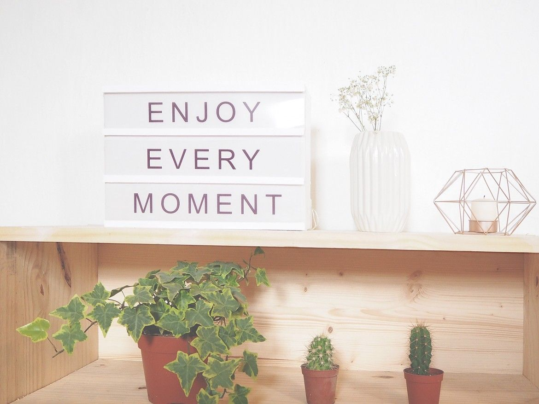 asaline diy tuto lightbox message lettres enjoy boite lumineuse bricoles pinterest boite. Black Bedroom Furniture Sets. Home Design Ideas