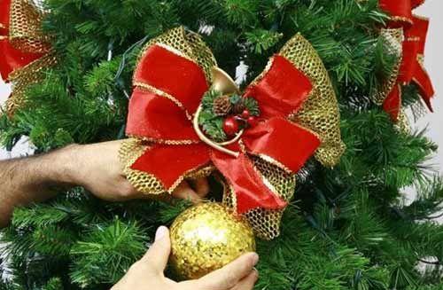 Adornos para el rbol de navidad manualidades para ni os for Adornos navidenos para el arbol