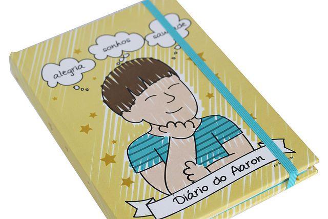 Caderno do Aaron - Maria Papel + Carinhas Personalizadas by Maria Papel, via Flickr