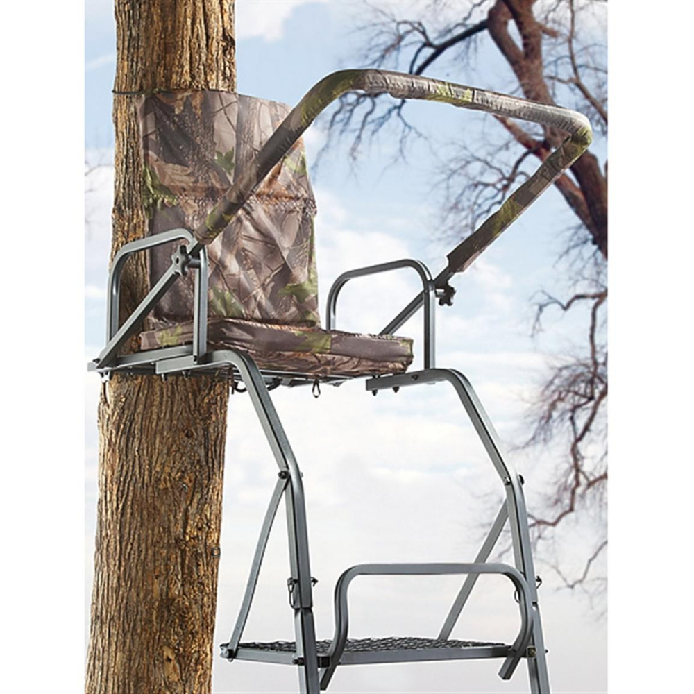 Guide Gear Deluxe 16' Ladder Tree Stand 158965, Ladder