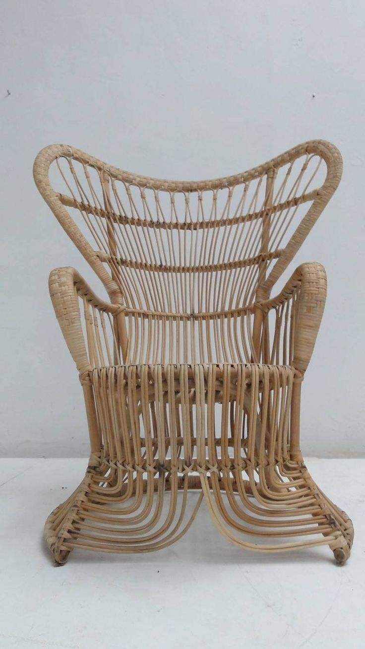 Rattan Peacock Chair in the Style of Franco Albini and Gio Ponti   F     Rattan Peacock Chair in the Style of Franco Albini and Gio Ponti   From a  unique collection of antique and modern lounge chairs at