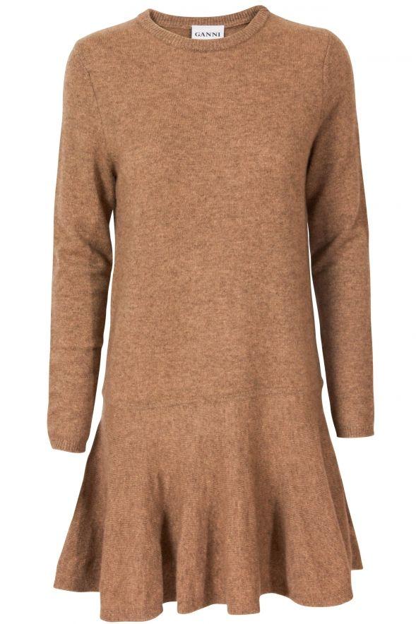 Lej denne uldkjole fra Ganni, for kun 30 kr. om dagen på RentAtrend. #Ganni #wool #dress #secondhand