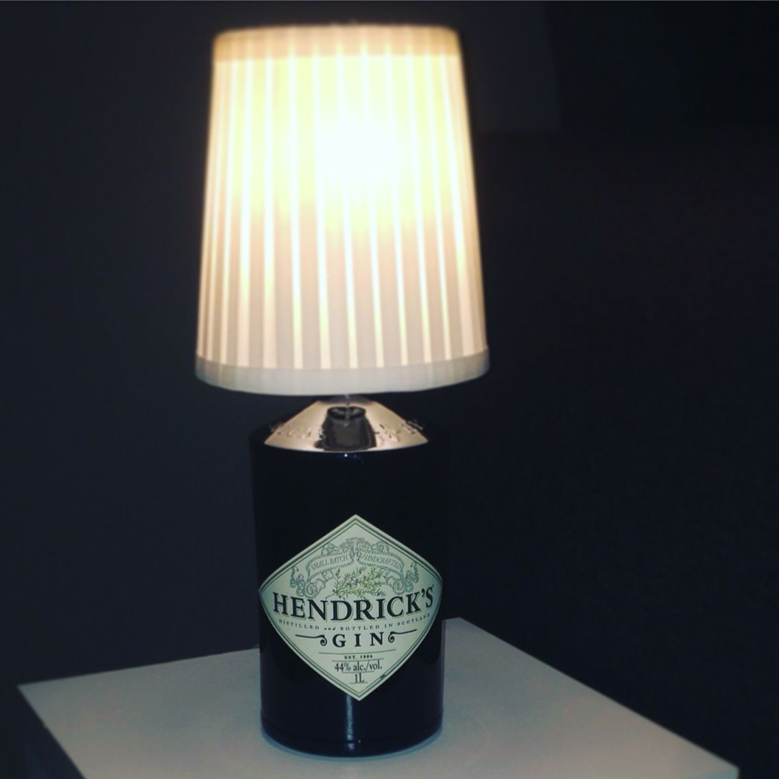 Gin hendricks bottle lamp do it yourself zmir pinterest gin hendricks bottle lamp do it yourself solutioingenieria Images