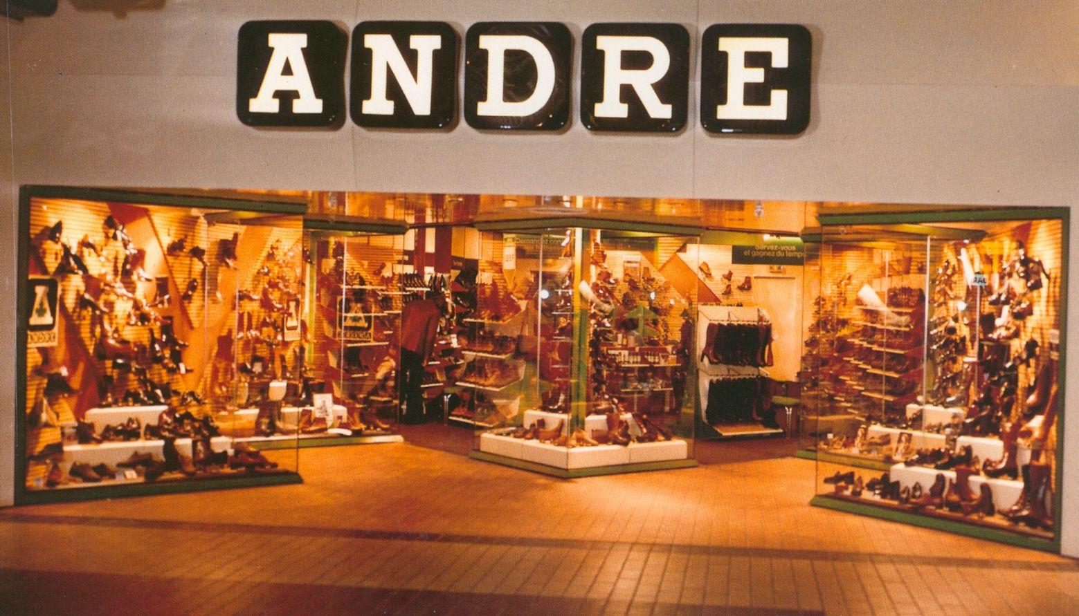 1970 l 39 implantation des magasins dans les centres commerciaux cr teil dans les ann es 70. Black Bedroom Furniture Sets. Home Design Ideas