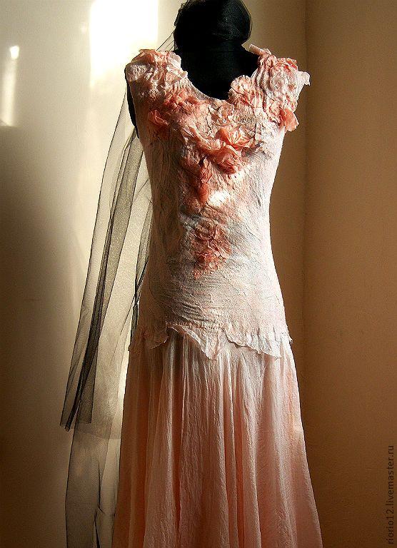 """Купить Валяное платье """"Sakura"""" - персиковый, розовый, валяное платье, натуральный шелк, ручное окрашивание"""