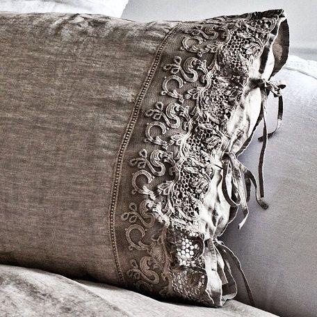 die besten 25 leinenkissen ideen auf pinterest neutrale kissen graue kissen und neutrale. Black Bedroom Furniture Sets. Home Design Ideas