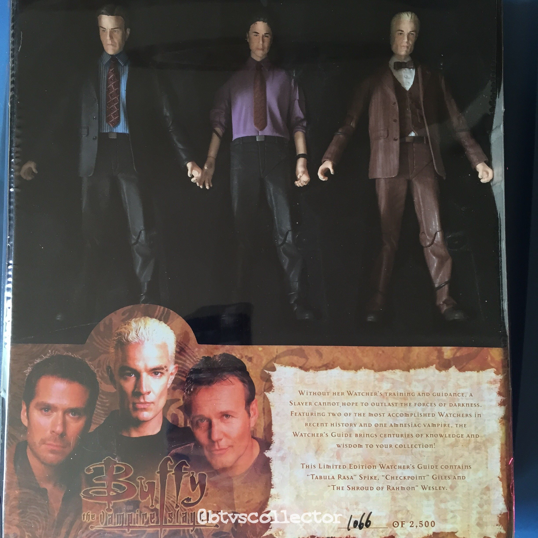 Diamond Select Toys - Buffy the Vampire Slayer Figure Set - Watcher's Guide. Limited Edition 1066/2500. #btvscollector #btvs #buffy #buffythevampireslayer
