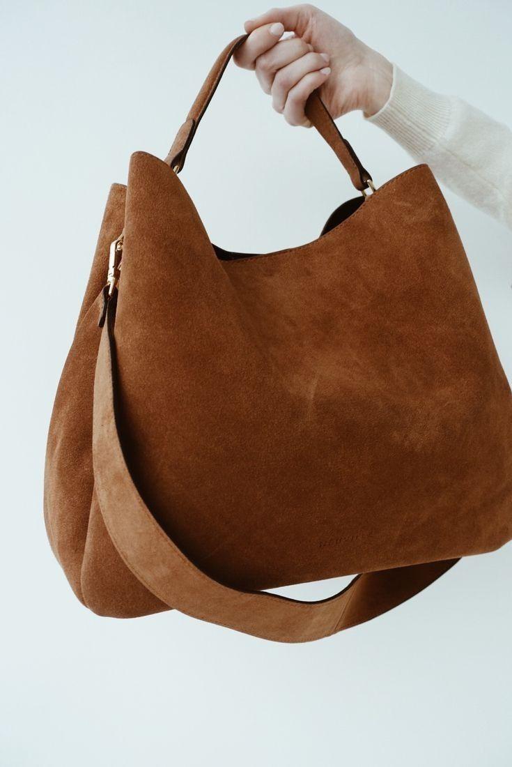 fc11a766efe7c Classical Work Outfit For Winter | Bolsas | Bolsas de mão, Bolsas de couro  feminina e Bolsas de couro
