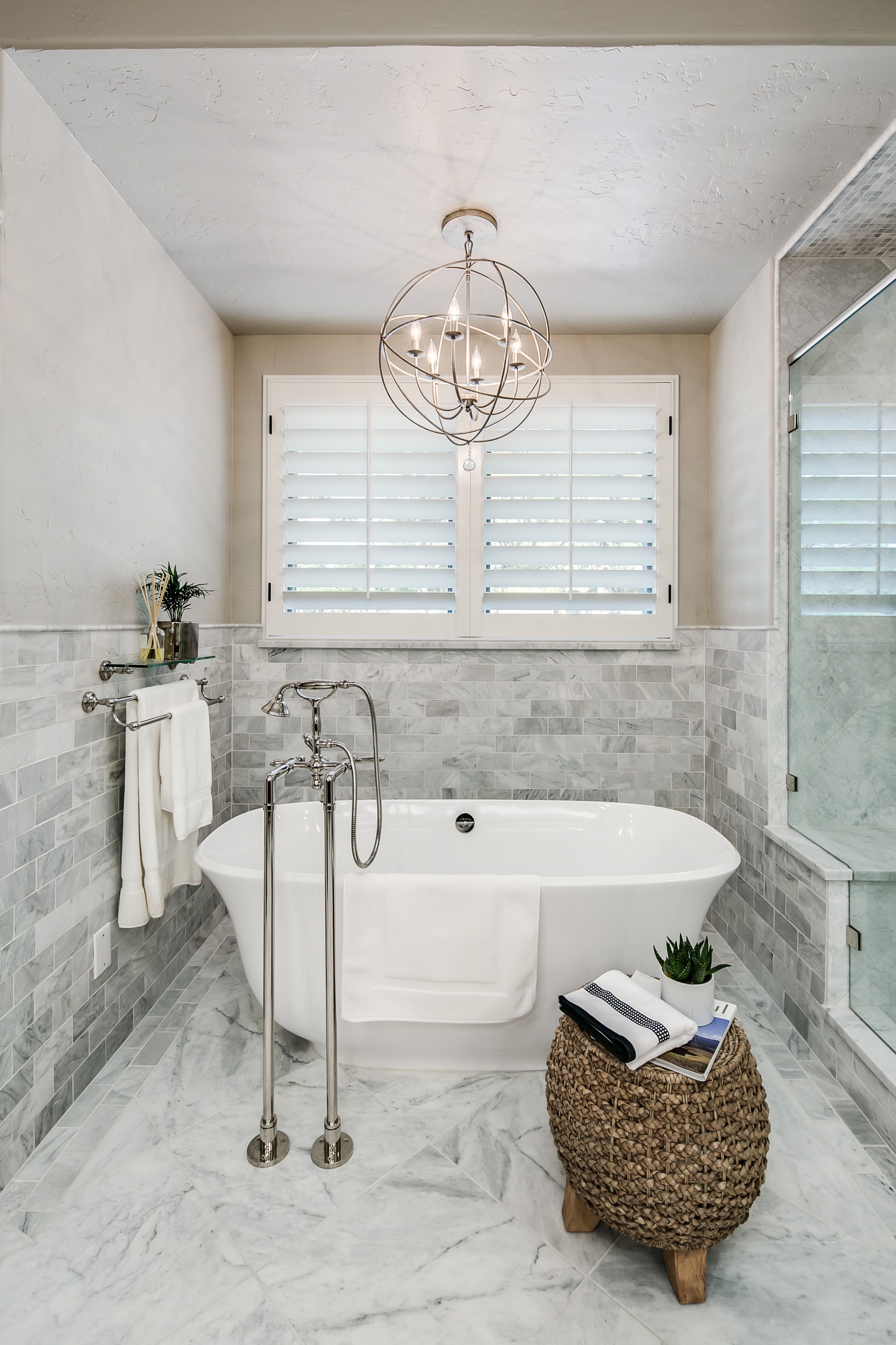 Elegantes badezimmerdesign klassische badezimmer interieur design im eleganten look