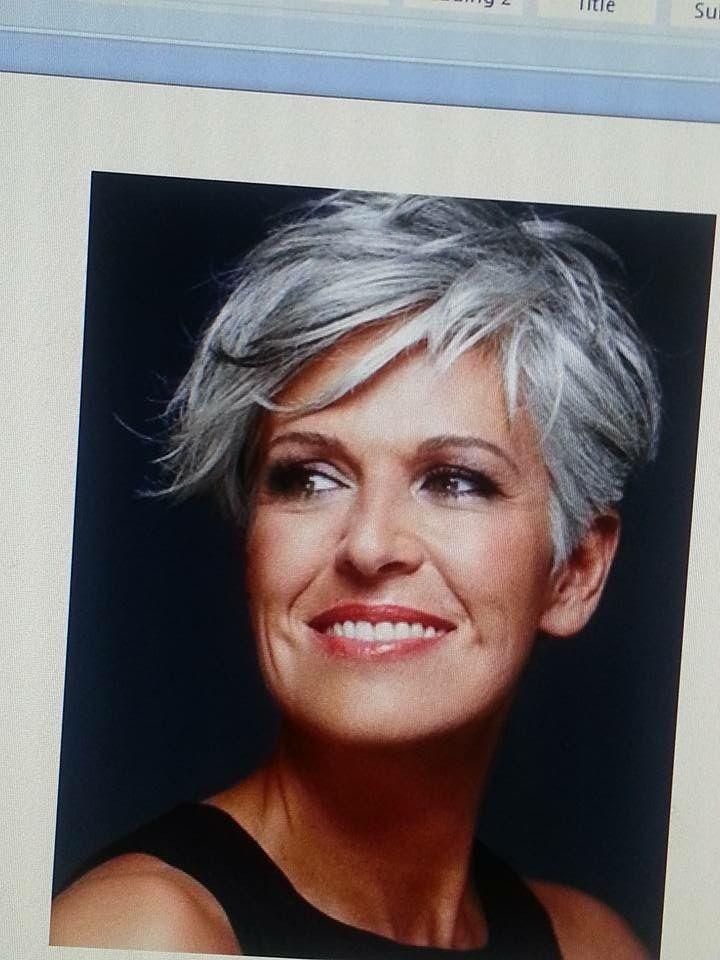Frisuren Für Graues Haar   2021   Kurze graue haare