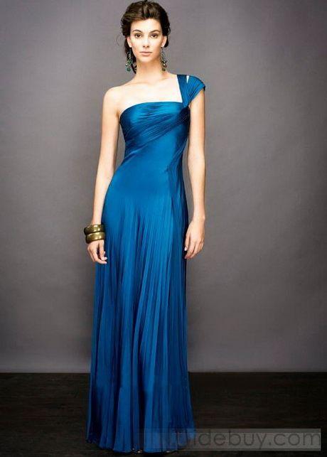 bb32fd9cb Vestido azul para festa universitaria. Modelos de vestidos para graduacion