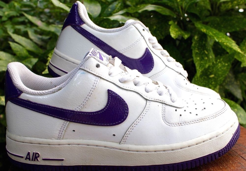 NIKE AIR White & Purple Leather Tennis Athletic Shoes 4.5
