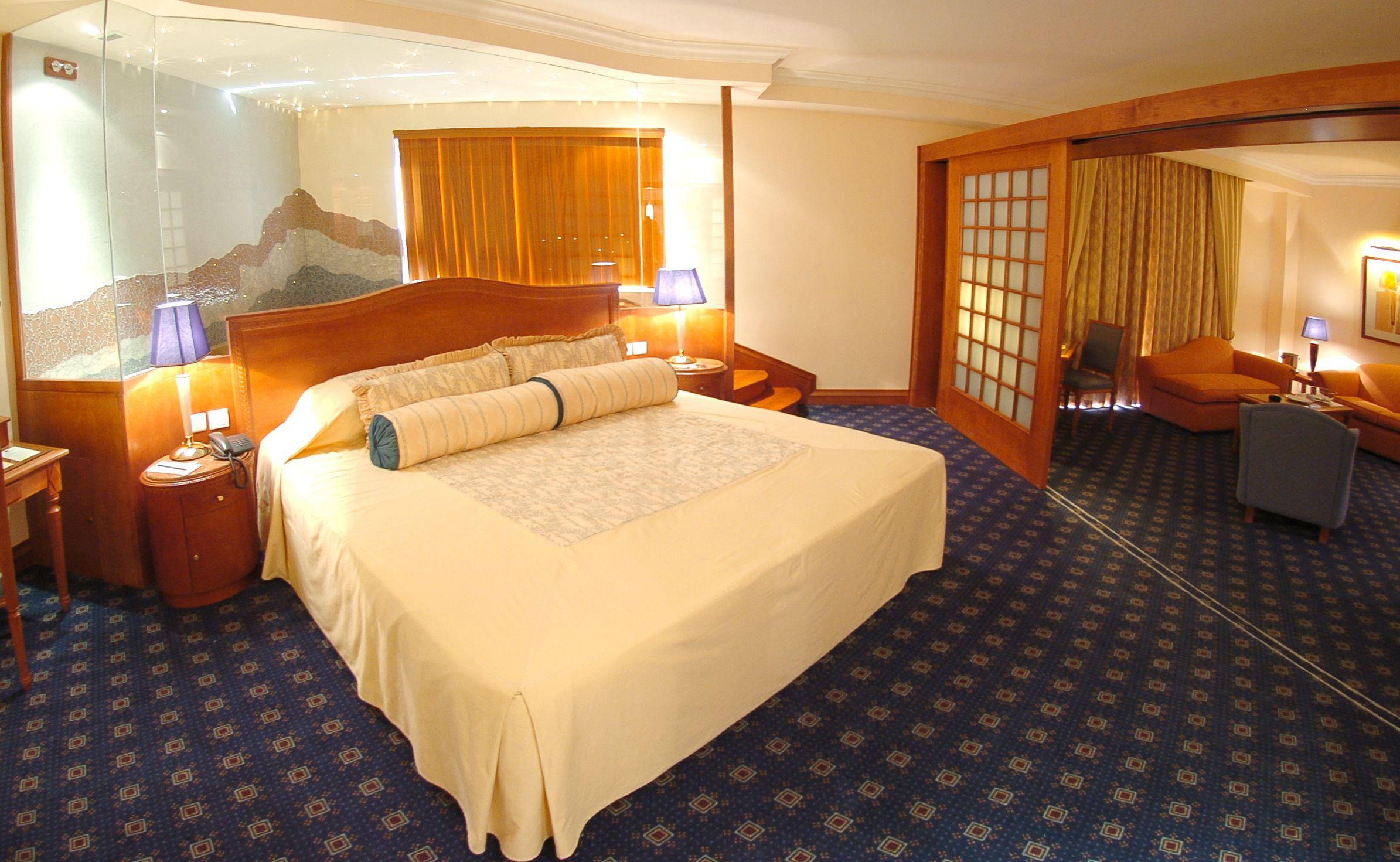 Honeymoon Suite Spa Bedroom Honeymoon Suite Home