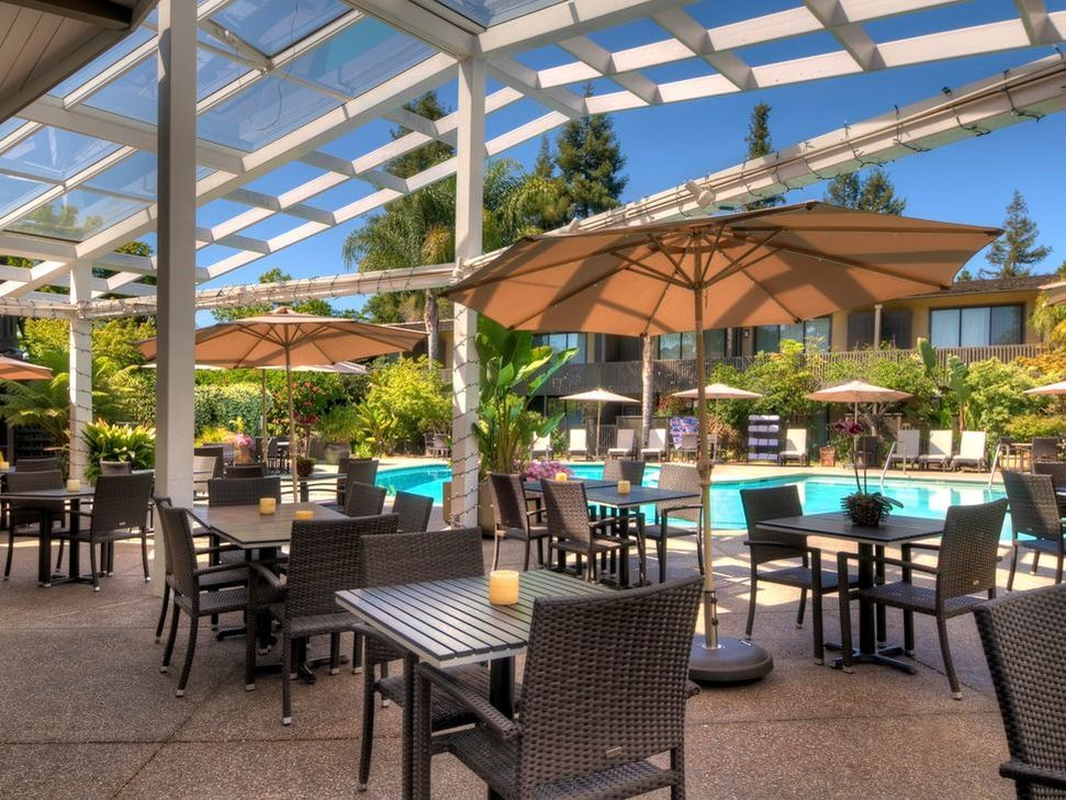 Enjoy relaxed comfort at our palo alto hotel located near