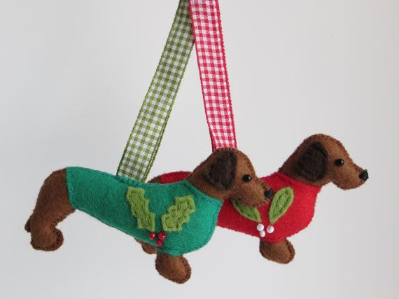 Mid Brown Hand Sewn Dachshund Or Teckel Felt Dog Christmas Etsy Felt Christmas Ornaments Felt Ornaments Dog Christmas Ornaments