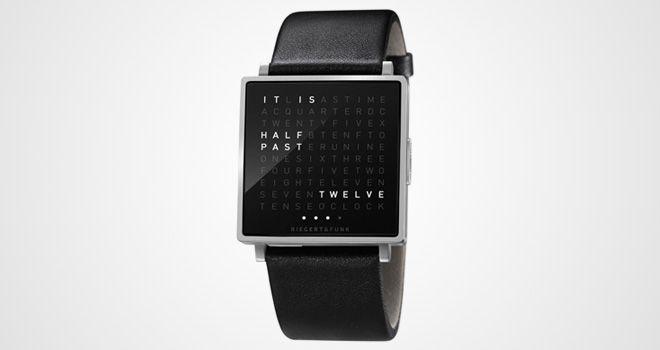 Qlocktwo W de Biegert & Funk: reloj que sustituye los