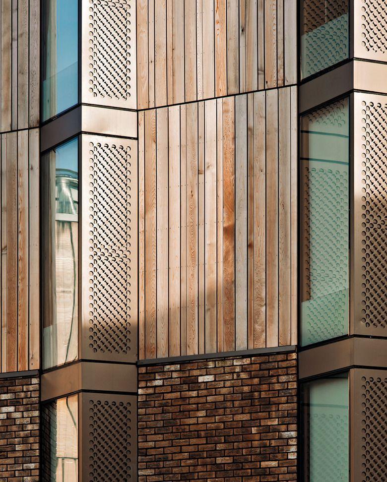 Creme Wandfarbe Und Holzlatten: Studentenwohnheim In Hertfordshire