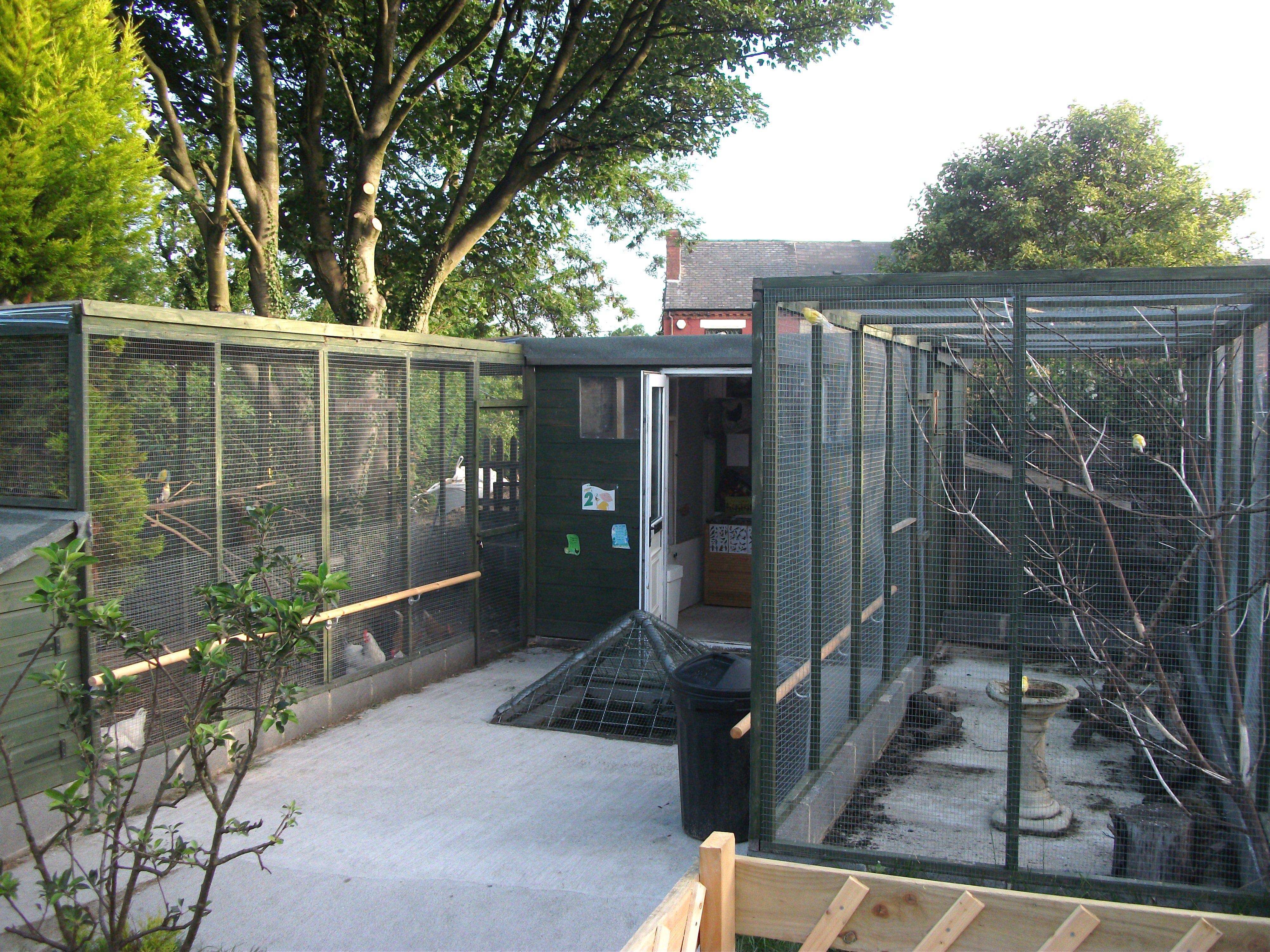how to make an aviary cage