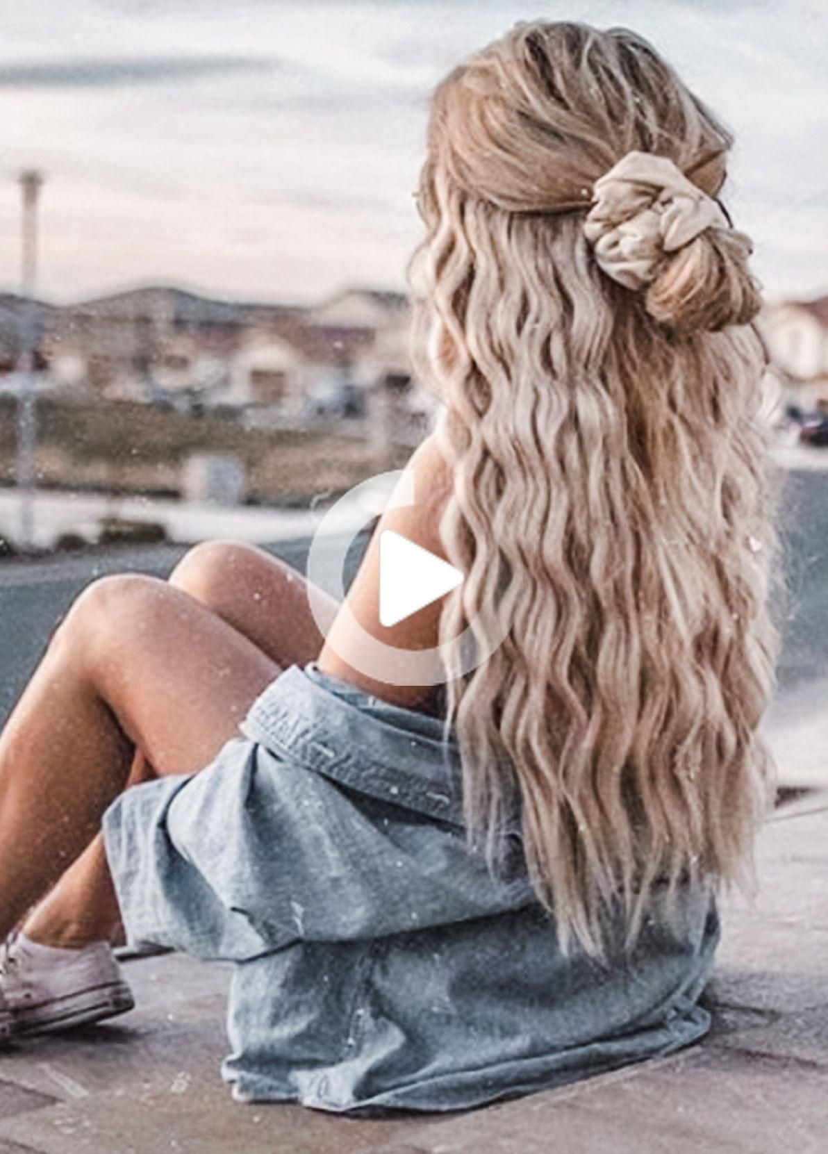 The Best Tousled Beach Hair In 2020 Wand Hairstyles Beach Tousled Hair Best Hair Wand