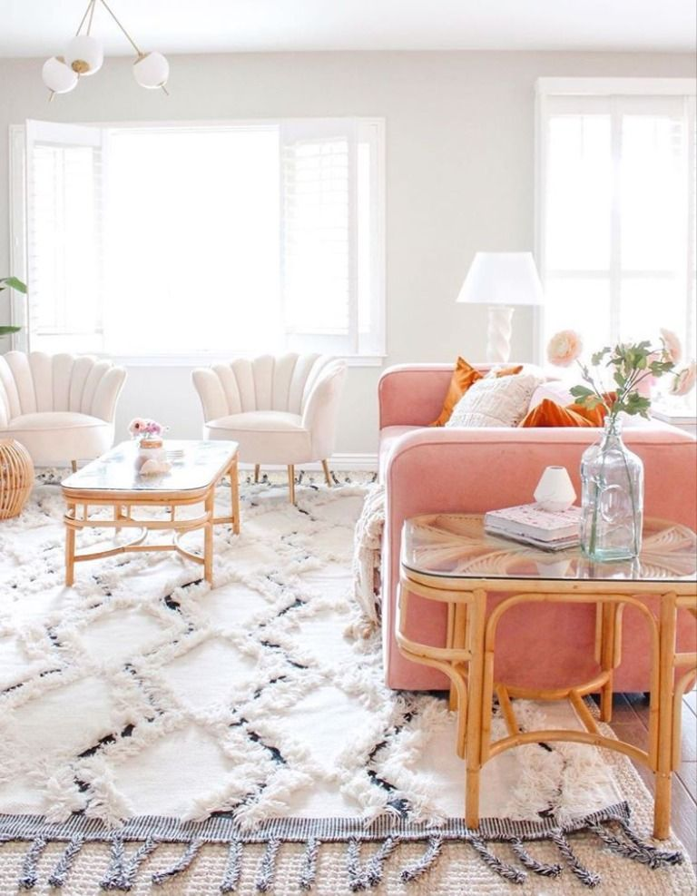 Wow! @dreaming_of_decor has styled such a bright space with gorgeous clean lines! 💯 Featuring our Sangerville Area Rug, we love the texture and depth it brings to the room! 💕 #boutiquerugs #arearug #modernrugs #farmhousedecor #farmhousestyle #moderndecor #modernstyle #styleyourspace #designerrug #rugs #handmaderugs #homedesign #interiorstyle #modernhome #ourhome #love #ourcustomersrock #reviews #birinthistogether #roominspo #home #farmhousefamily #farmhouse #livingroomdesign #stayhomechallenge