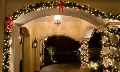Christmas outdoor garland and lights christmas decorating ideas christmas outdoor garland and lights mozeypictures Choice Image
