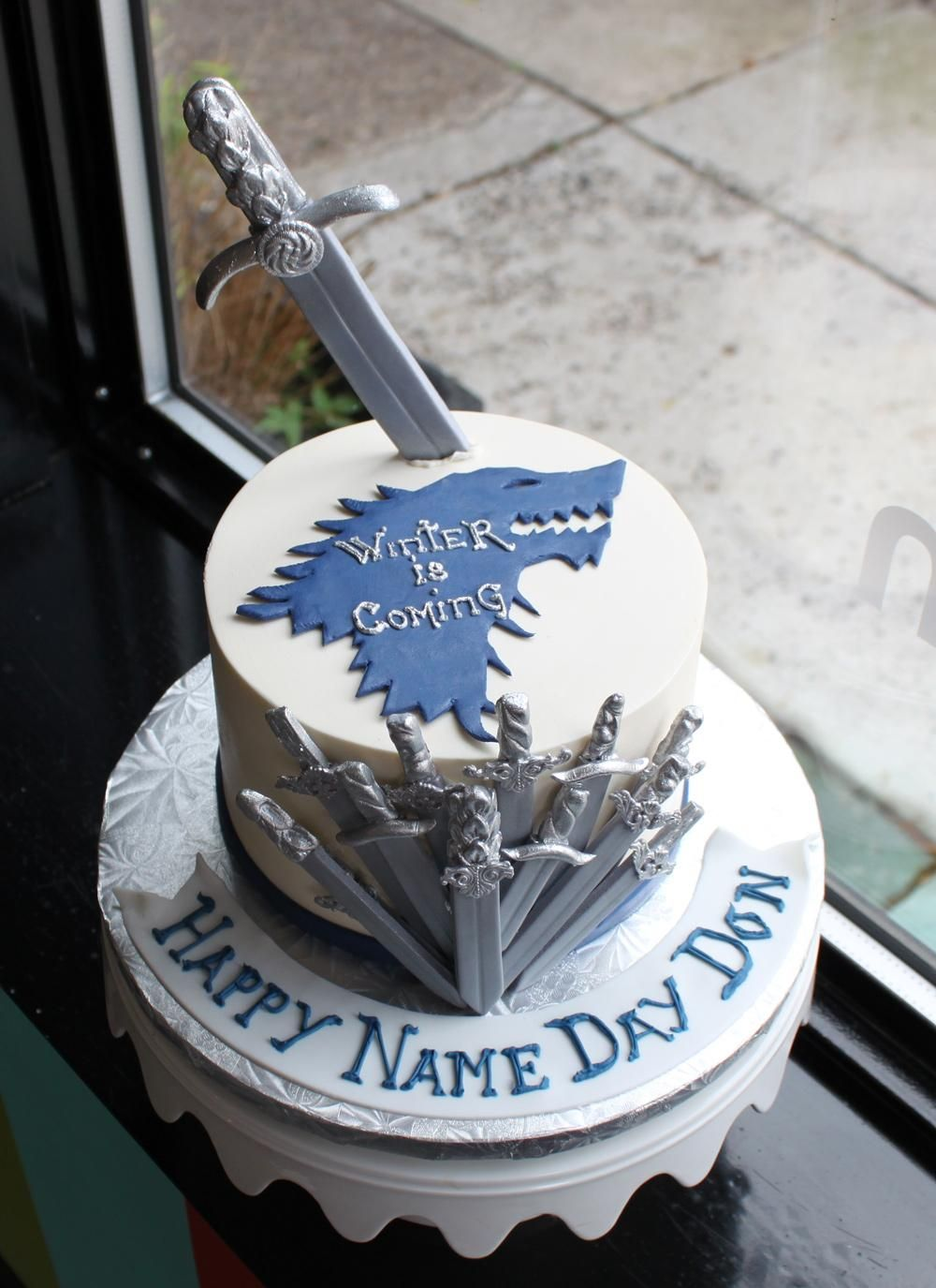 Game Of Thrones Birthday Cake Whipped Bakeshop Gooodies - Cake birthday games