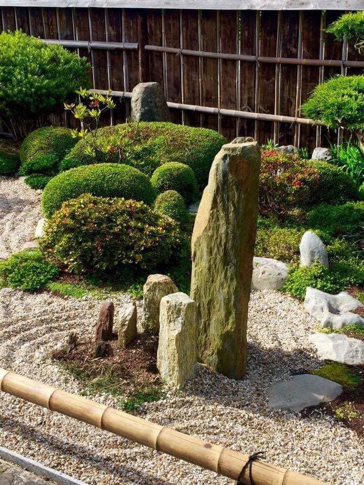 Jardines japoneses de estilo de esprit zen jardin for Jardines con estilo