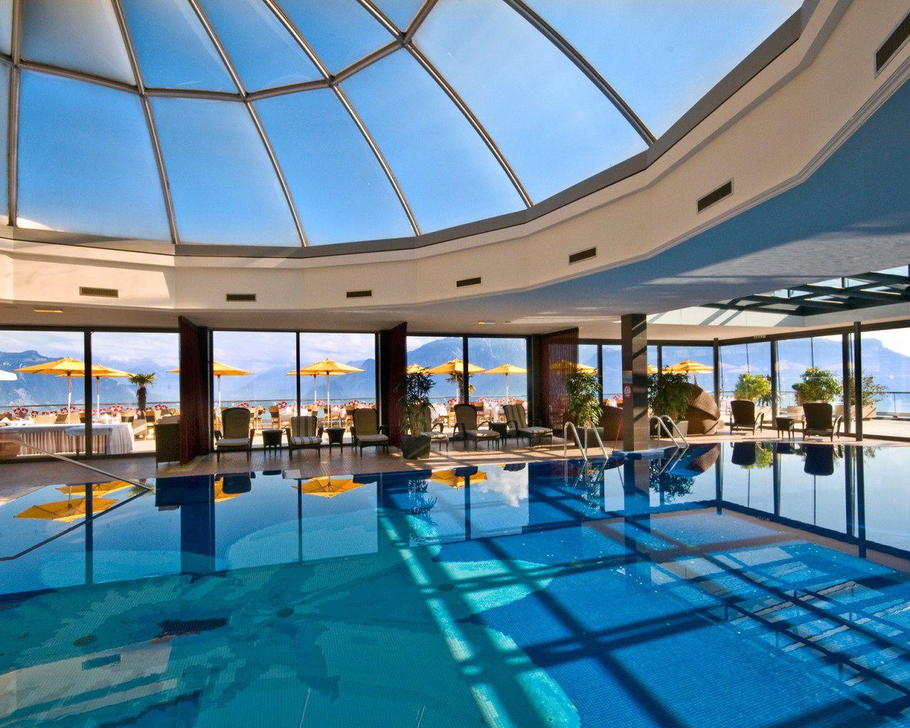 Swimming pool givenchy spa le mirador kempinski for Best boutique hotels geneva