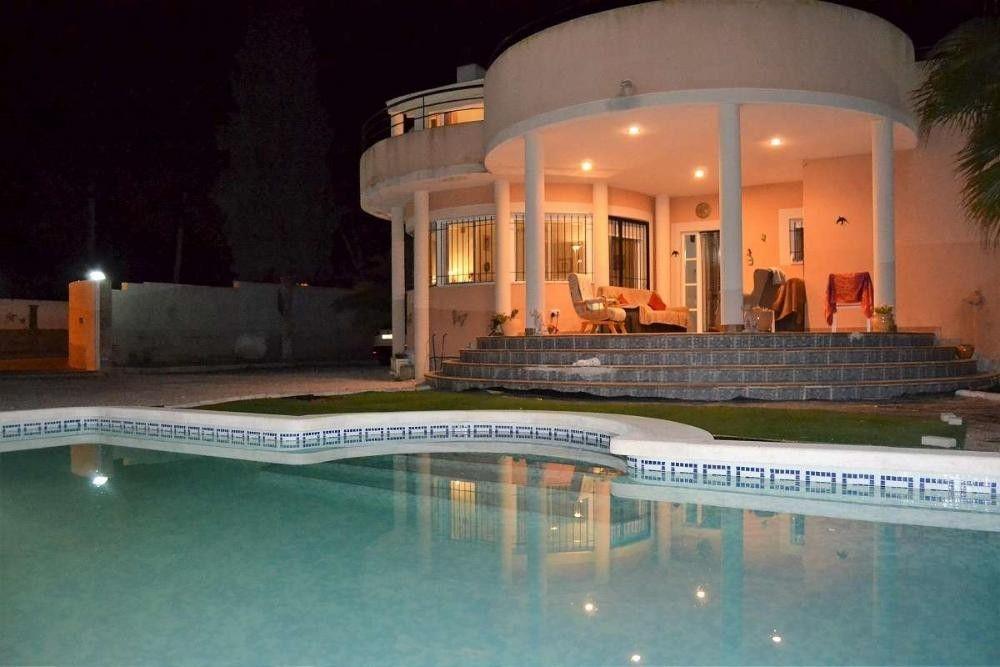 Details Zum Immobilienangebot Unter Http Bit Ly 2luqay4 Immobilien Immobilienportal Fortuna Haus Villa Spanien Mit Bildern Villa Kaufen Villa Style At Home