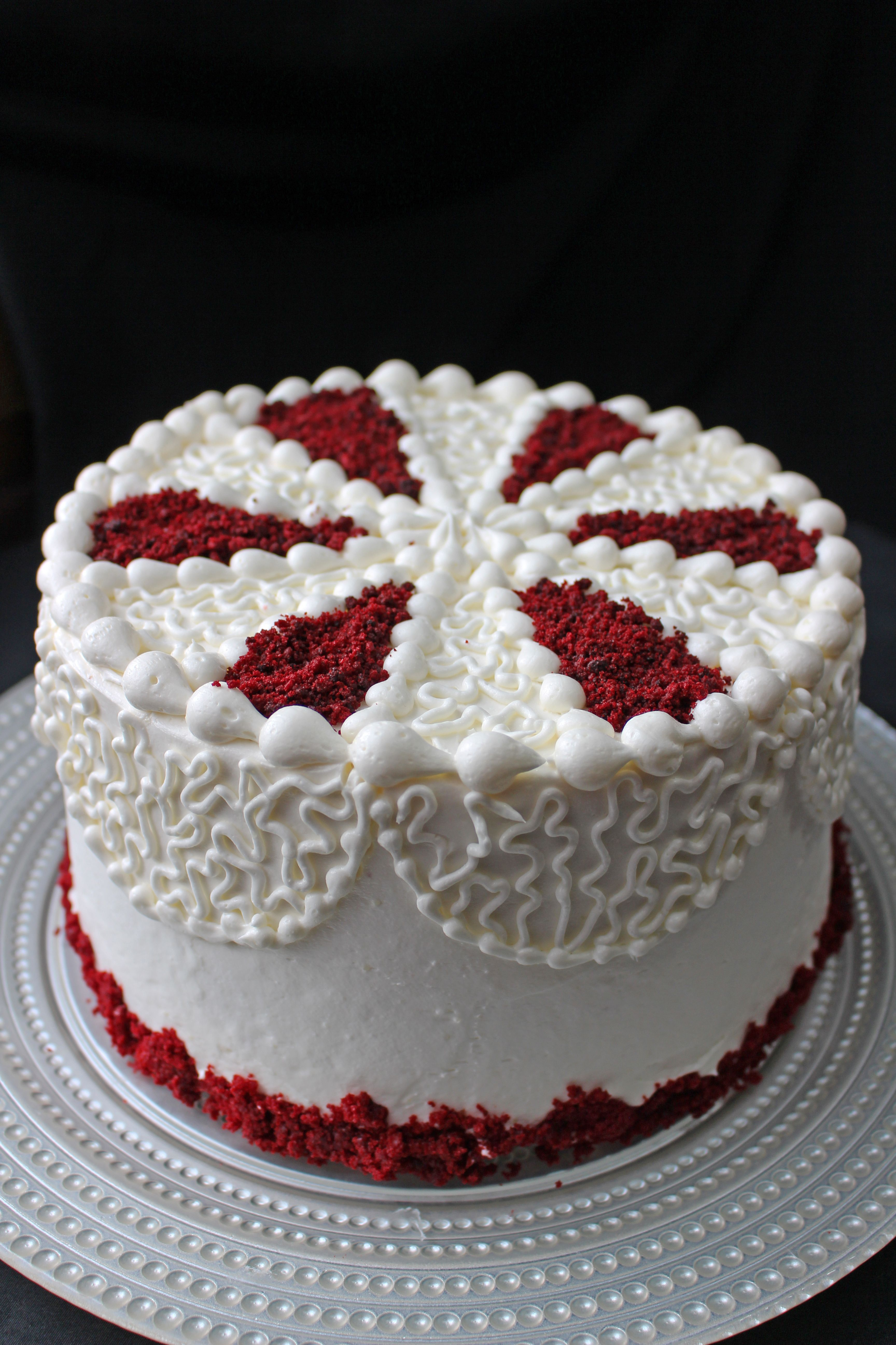 Red Velvet Layer Cake! With My Conbination Of Cream Cheese Icing And Swiss  Buttercream,