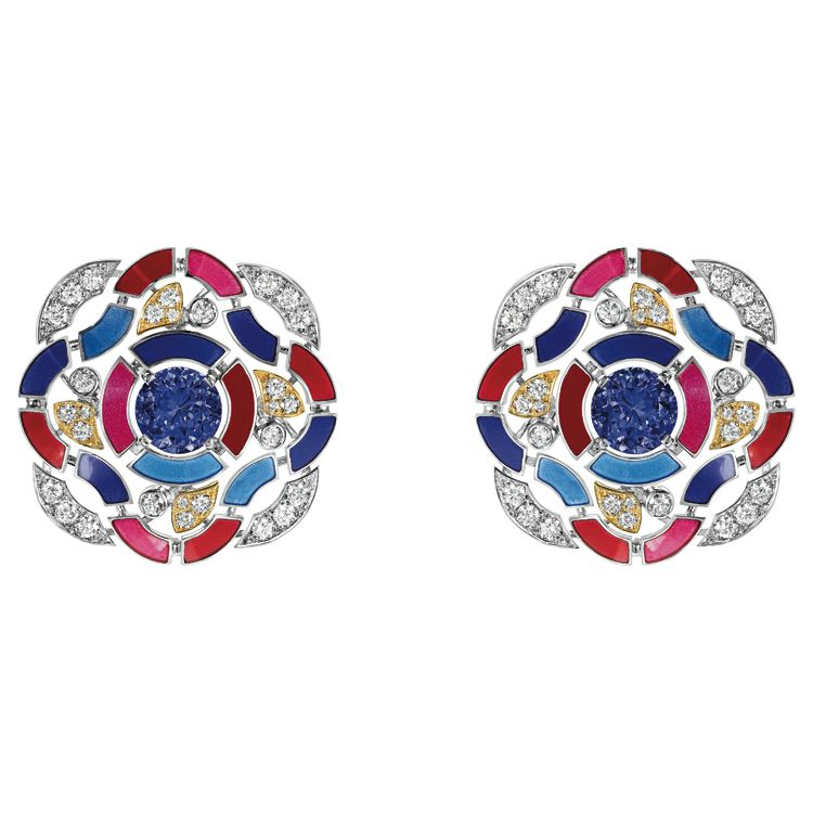 """""""Hypnotique"""" #Earrings from #TalismansDeChanel - #Chanel - #FineJewellery collection in 18K white gold set with 2 #BrilliantCut blue violet #Tanzanites (total weight 3,7 carats), 56 brilliant cut #Diamonds (total weight 1,2 carats) and multicolored lacquer ---"""