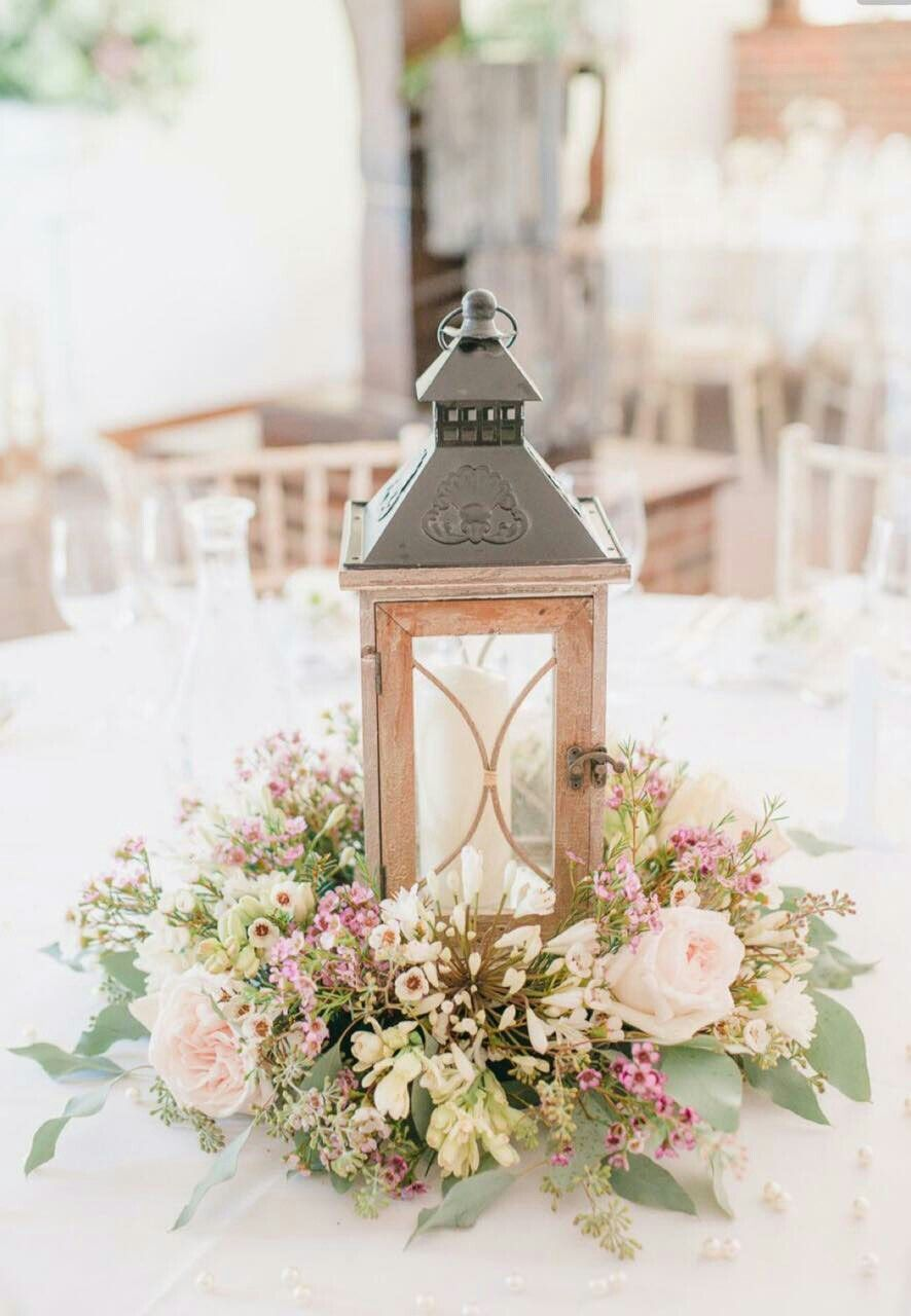 Pin by Анастасия Блинова on цветочные композиции на стол | Pinterest ...