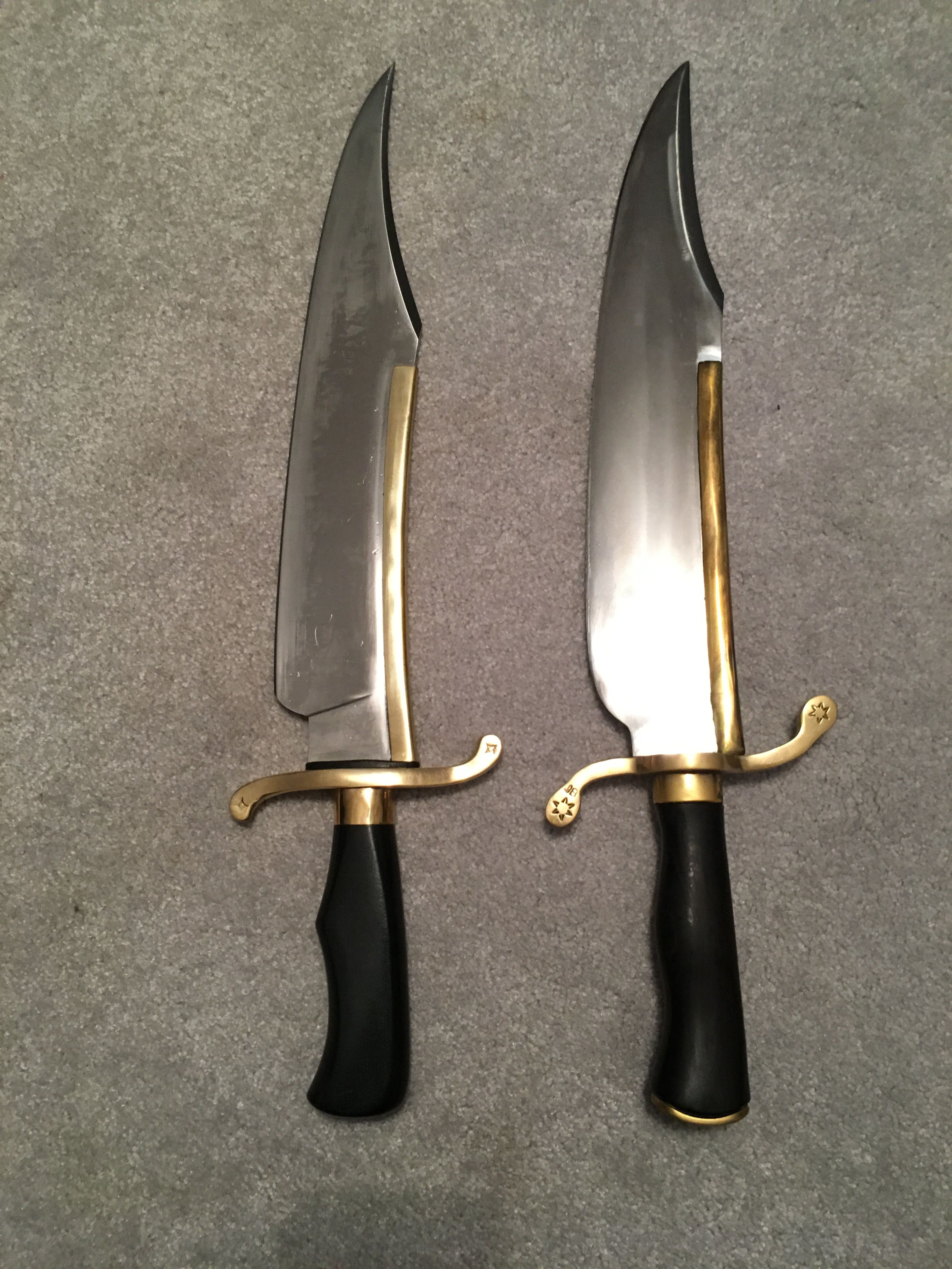 Ursa Musso Bowie Left Pakistan Legacy Arms Musso Bowie Right Philippines Both Are 5160 Steel The Ursa I Bowie Knife Knives And Swords Custom Knives