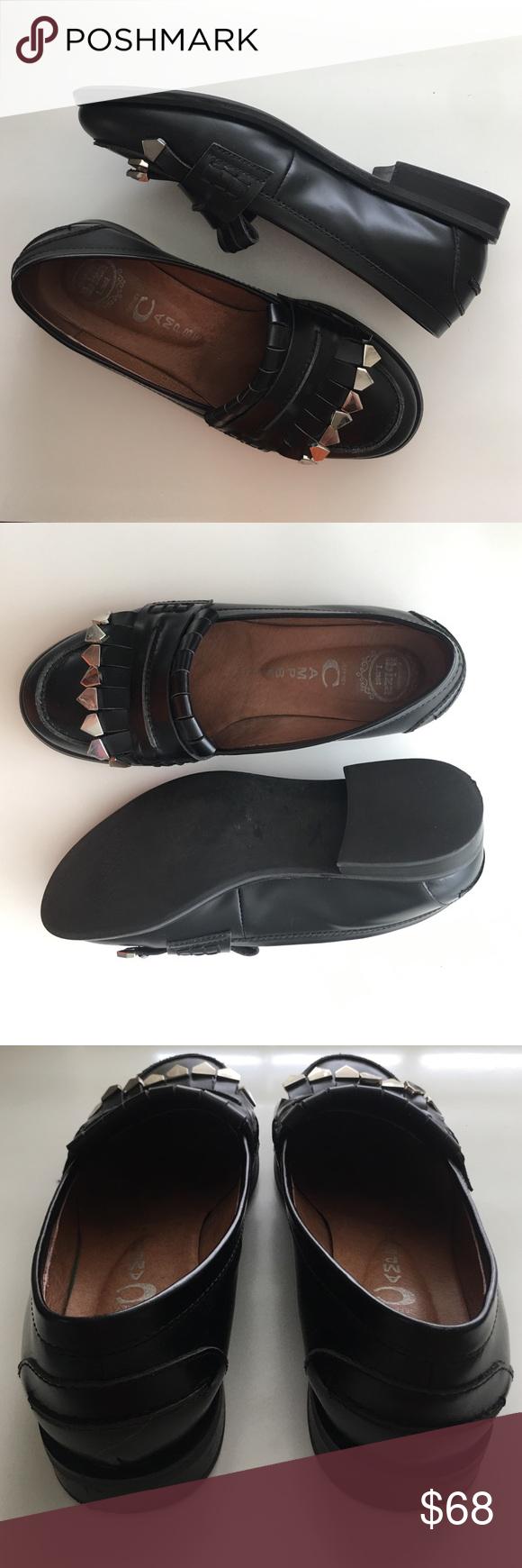 Jeffrey Campbell Silver Tassel Loafers Excellent Condition! Super comfy. Jeffrey Campbell Loafers with silver Tassels Jeffrey Campbell Shoes