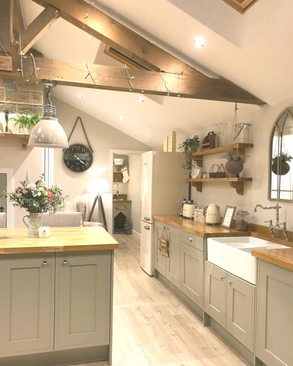 Kitchen Inspiration N14hectorhouse In 2020 Kitchen Inspirations Warm Home Decor Kitchen Concepts