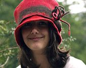 Red felted hat for the Fall made with merino wool handmade in france