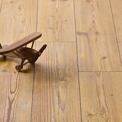 Hygena Richmond Oak Laminate Flooring 2 13 Sq M Per Pack Oak Laminate Flooring Flooring Laminate Flooring