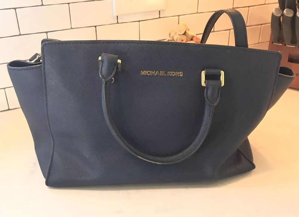 010fce0a96cce MICHAEL KORS Selma Large Navy Saffiano Leather Crossbody Shoulder Bag   fashion  clothing  shoes  accessories  womensbagshandbags (ebay link)