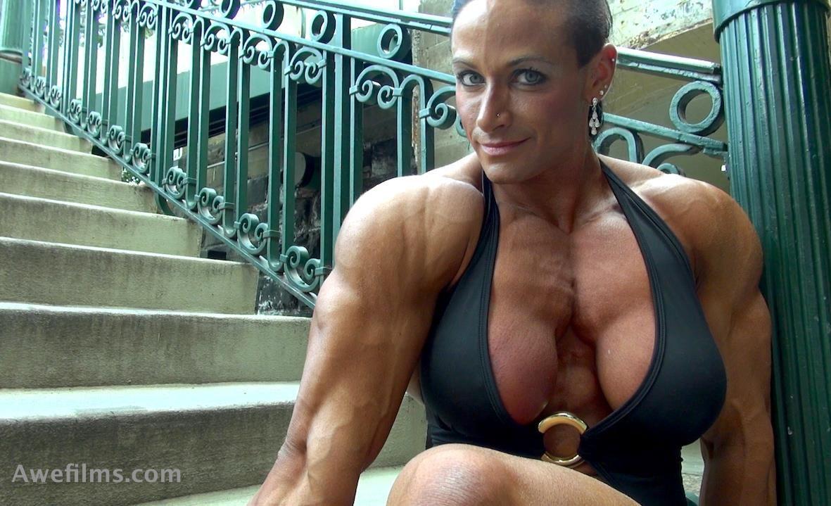 Theresa Ivancik Fbb Massive Muscle Woman