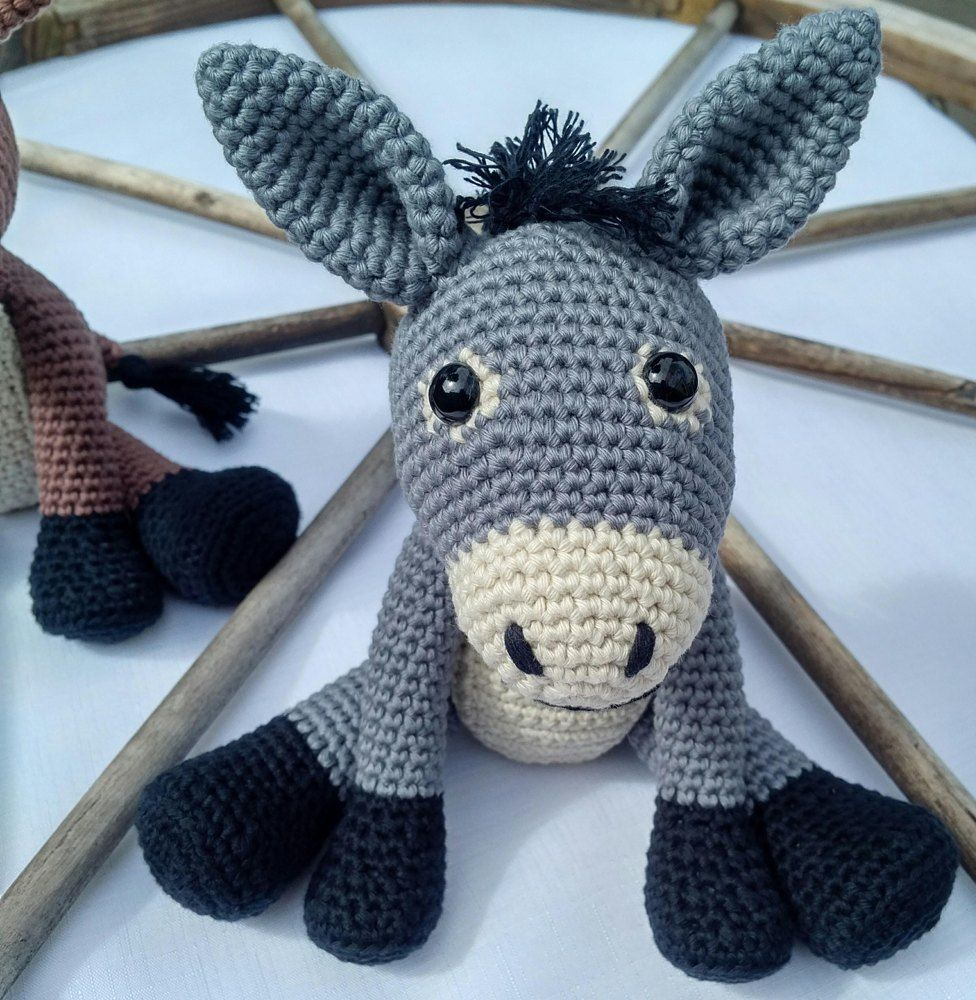 Eeyore Knitting Pattern Free and Paid | Animal knitting patterns ... | 1000x976