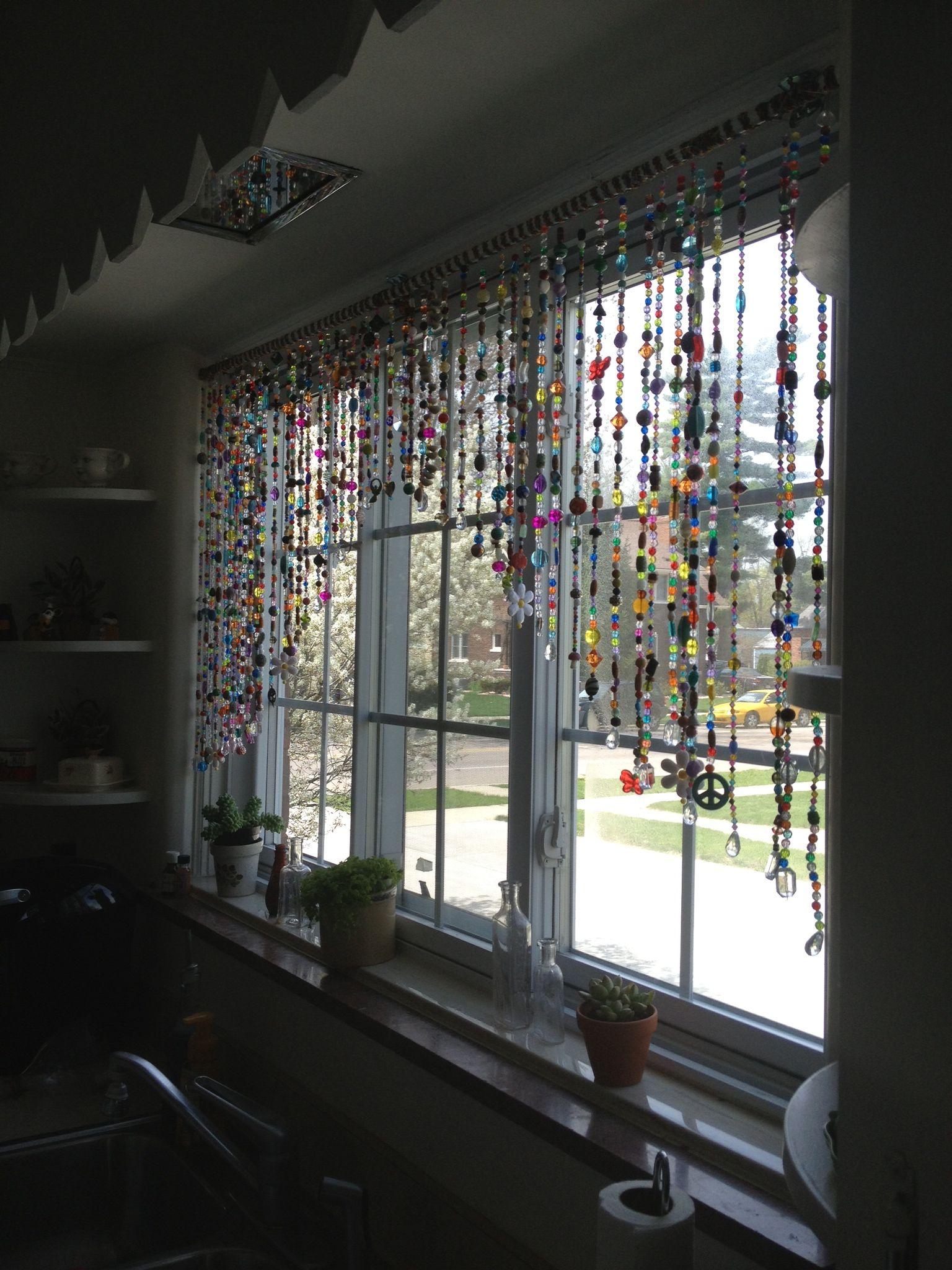 Beaded curtains love this project boho through my - Cortinas de abalorios ...