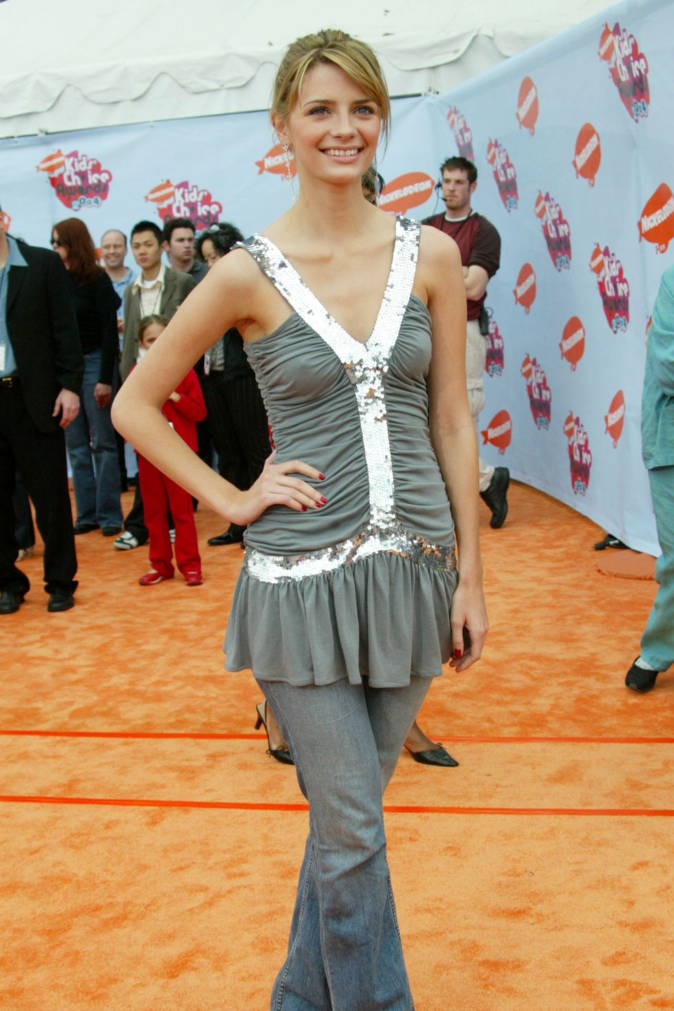 I Got Lost In Time Looking Through These Outfits From The 2000s 2000s Fashion Trends Early 2000s Fashion Fashion