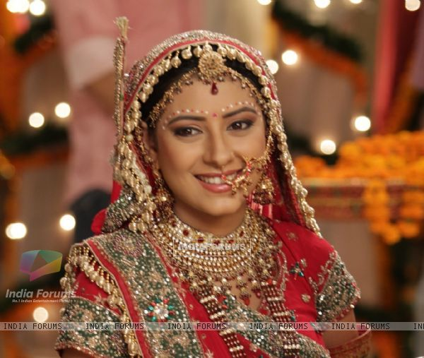 Anandi In Balika Vadhu Real Name