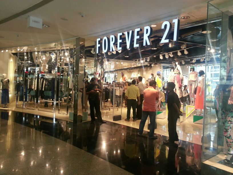 The New Forever 21 Store In Infiniti Mall Malad Forever 21