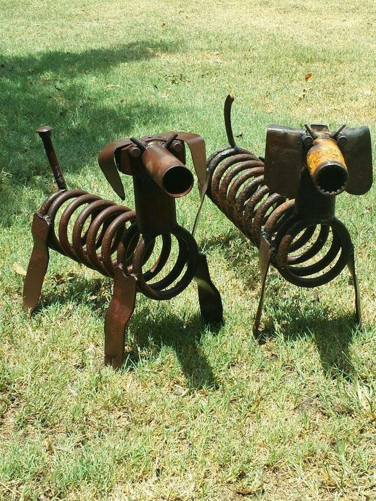 Metal art dachshunds metal art pinterest dachshunds for Welded garden art designs